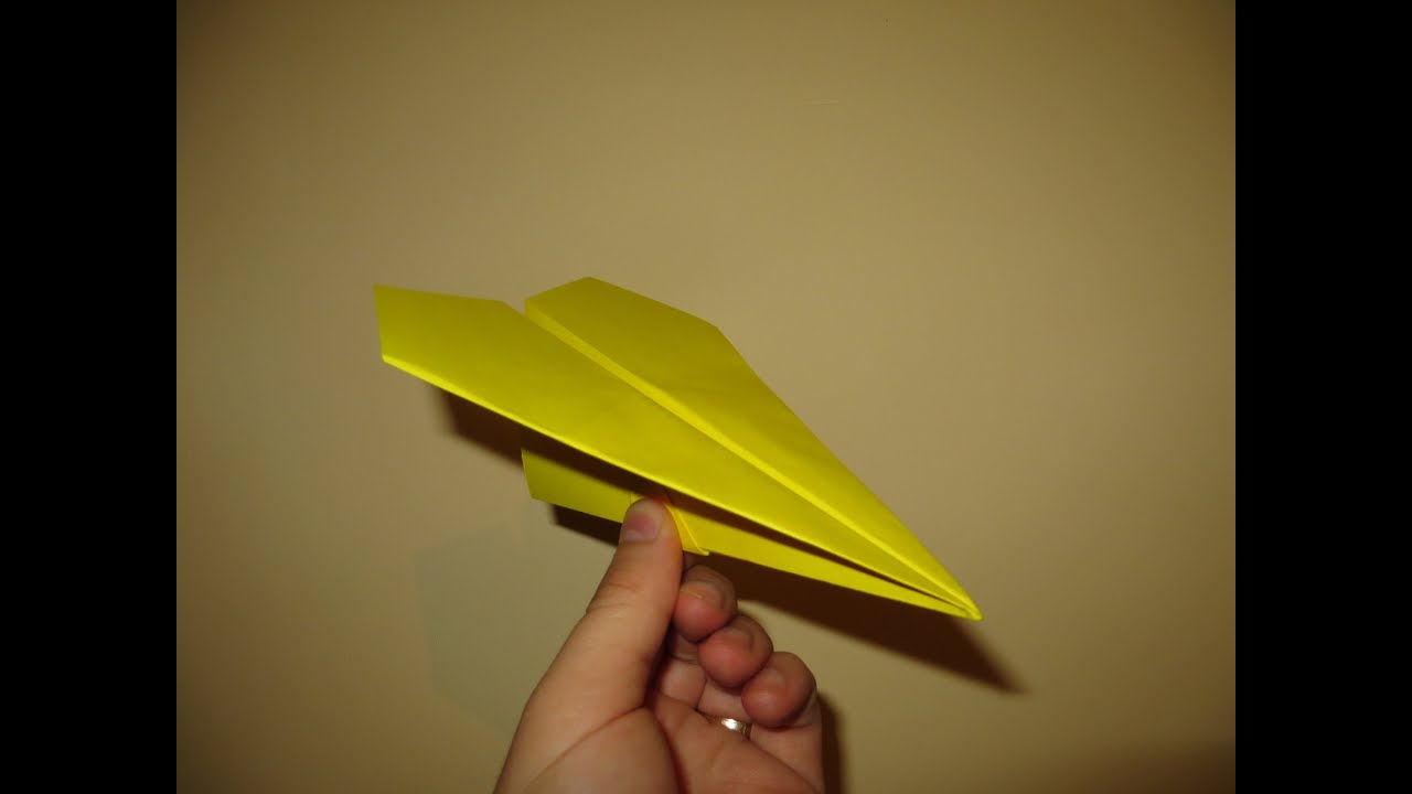 How to Make Cool Paper Airplanes that Fly Far and Straight - Very ...