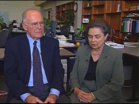 Gordon & Betty Moore Biography (2005)