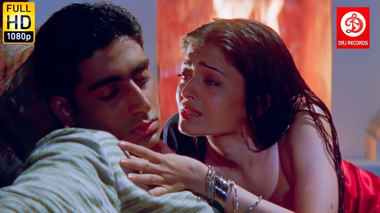 Aishwarya Rai Purpose Abhishek Bachchan - Romantic Scenes ...