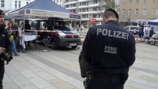 Hund gegen Polizeichef (Übung der Hundestaffel)