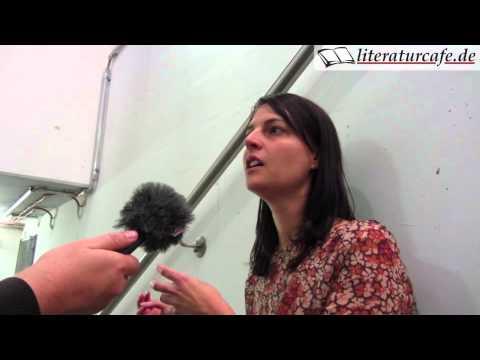 Emily Bold im Interview - Wie man Bücher erfolgreich selbst verlegt