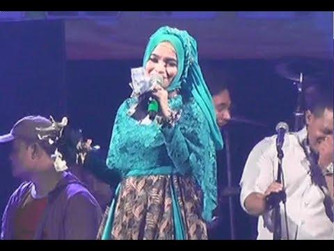 Familys Live Tajur Ciledug    Yusnia Zebro Jaran   Goyang   by khuple
