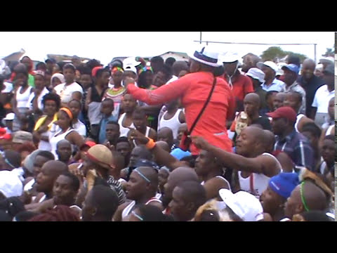 Ingoma yakwaMLaba 2017 eNjomelwane 25 december part 1