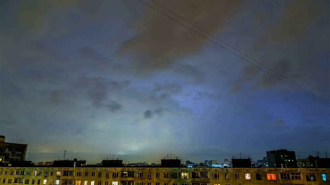 школе вихрь над москвой фото выдохлись
