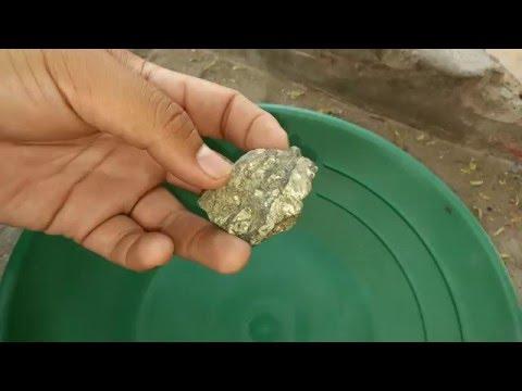 Como saber si una piedra tiene oro pirita youtube for Como saber si es marmol