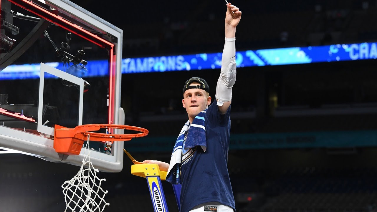 Villanova cuts down the net