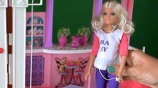 Видео с куклами Беременная Барби и ее капризы, Кен молодец(Видео с куклами Беременная Барби и ее капризы, а Кен молодец старается очень для Барби., 2015-08-17T18:14:53.000Z)