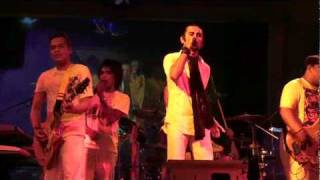 Siluet band - New Years Eve- Song #7 Robbie Williams.wmv