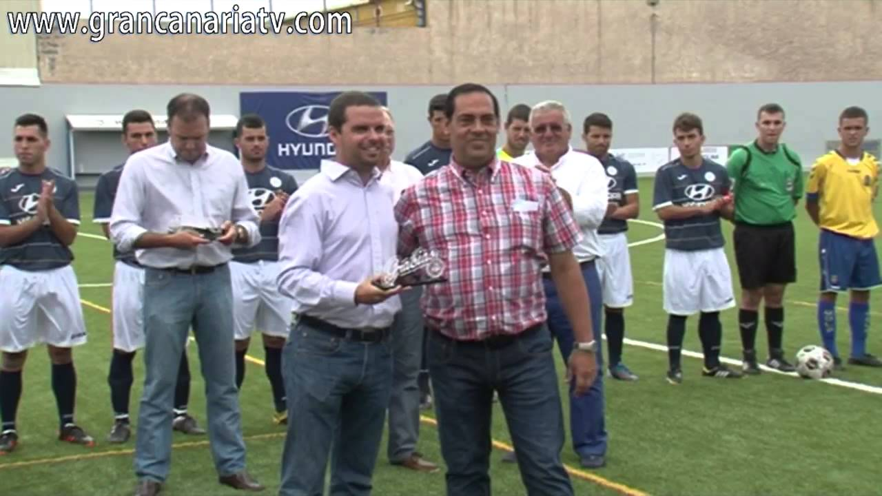 Inauguraci n nuevo c sped artificial campo de f tbol autoridad portuaria de las palmas youtube - Cesped artificial las palmas ...