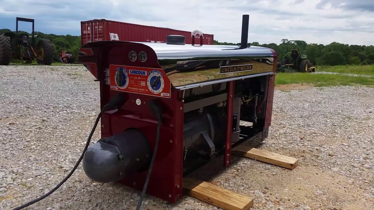 Sold This Is A 1960 Lincoln Sa 200 Welder K6090 Red Face Pipeliner Radiator All Copper Windings