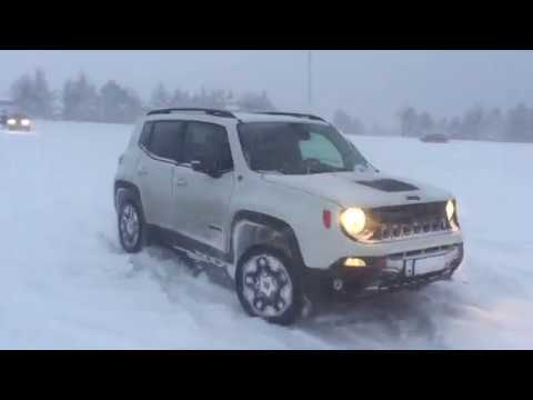 Driving in a snow storm - Jeep Renegade Trailhawk