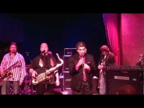 RICK STEVENS SINGS WITH TOWER OF POWER FOR THE FIRST TIME IN 40 YEARS.