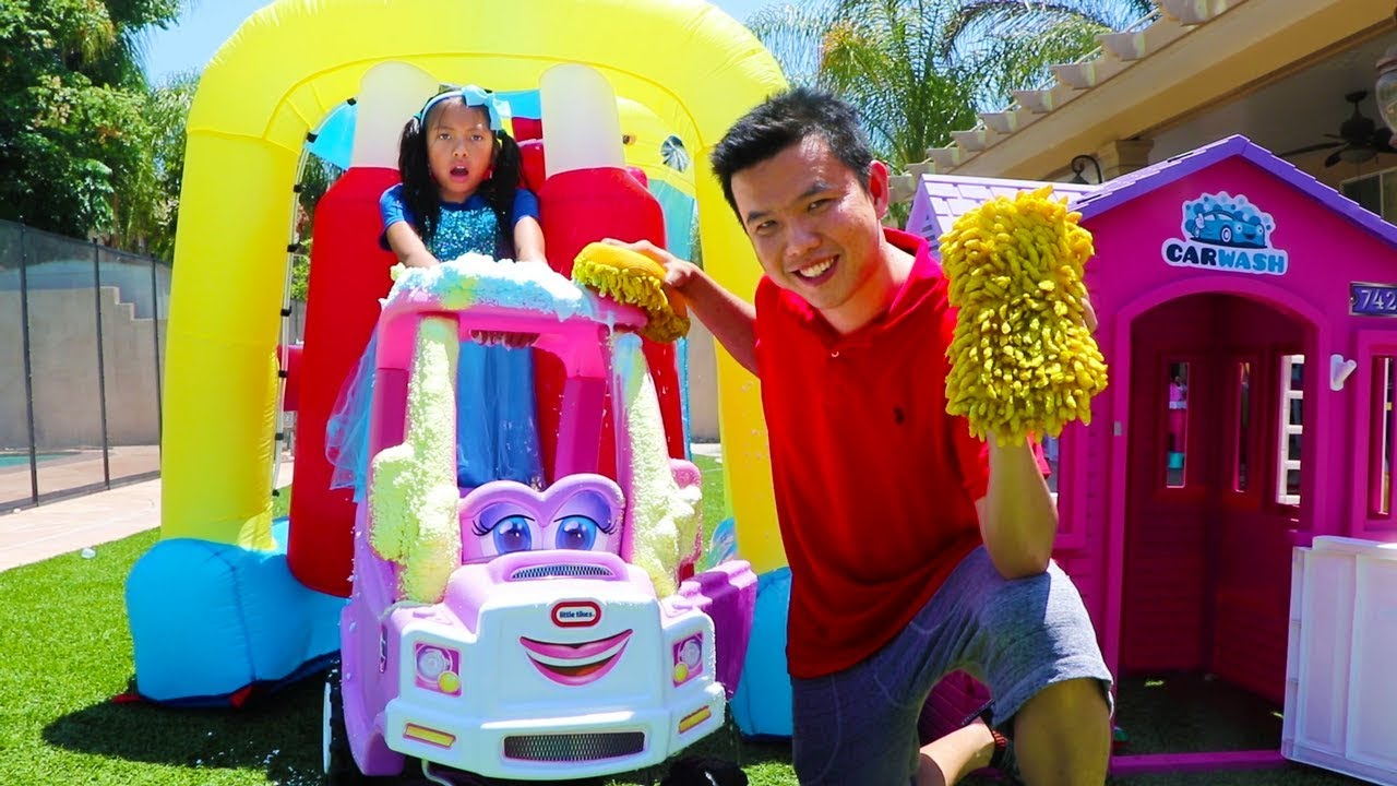 Wendy Pretend Play W Giant Inflatable Drive Thru Car Wash Kids Toy
