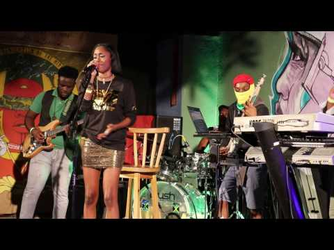 Racquel Jones - Wonder When (Live at I-Revolt)