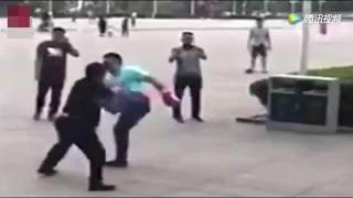 Baixar Kung Fu Hobbyist Challenges MMA Hobbyist In China