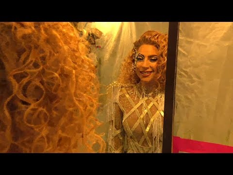 Lady Gaga - American Music Awards 2017 (Backstage)