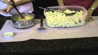 Making Poppycock (a Popcorn snack)