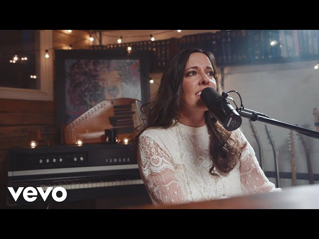 Shelly E. Johnson - Joy To The World (Christ Alone) (Official Music Video)