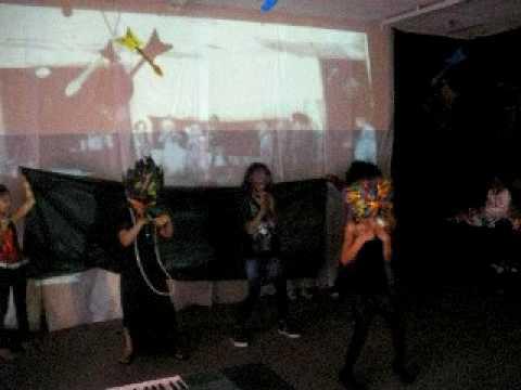 DrFitness2000 oldest daughter Davionne's performance rock star party