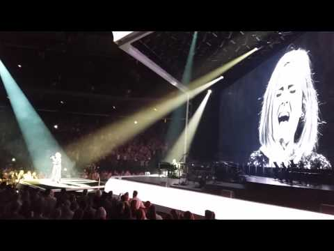 All I Ask - Adele Live Saint Paul, MN July 5, 2016 WOW