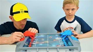 Игра для мальчиков МОРСКОЙ БОЙ - Даник играет против папы Видео для детей