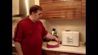 Пшеничный хлеб в силиконовой форме.(Выпекать домашний хлеб в силиконовой форме для выпечки легко и просто., 2012-05-06T18:21:51.000Z)