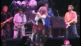 Tina Turner - Eric Clapton - Tearing us apart(Tina Turner - Eric Clapton - Tearing us apart - To celebrate Tina Turner's 70th birthday, November 26th, every day I will put online another video., 2009-11-23T11:50:21.000Z)