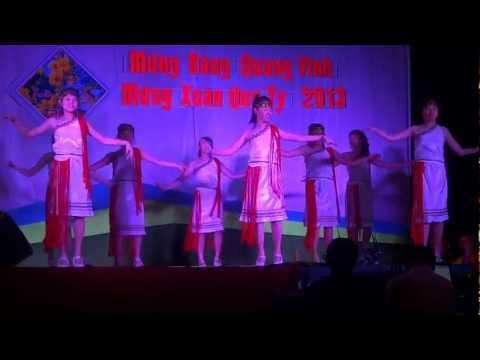 Múa Ngọn lửa cao nguyên NTN Bảo Lộc - Xuân Quý Tị 2013