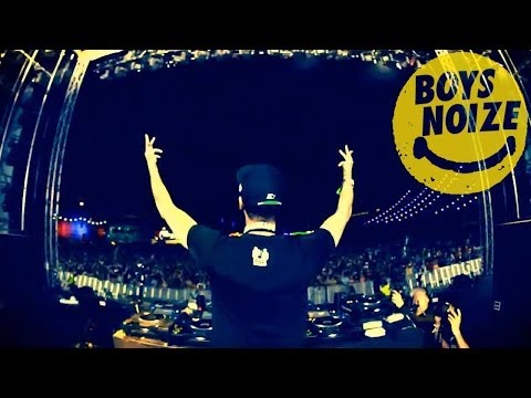 BOYS NOIZE - Live at Electric Daisy CARNIVAL 2011
