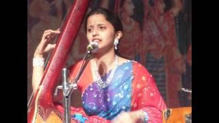 """MAHALAXMI SHENOY sings """"He surano chandra vha"""" Marathi Natyageet"""
