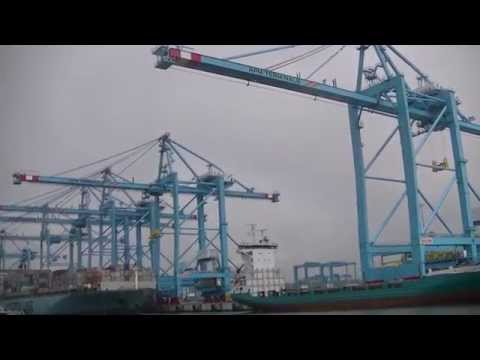 Rotterdam new container harbour Maasvlakte 2 (part 2 of 2)
