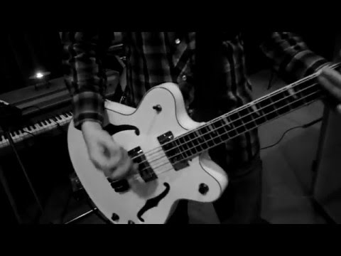 The Roomsounds - Elm St. - OFFICIAL MUSIC VIDEO