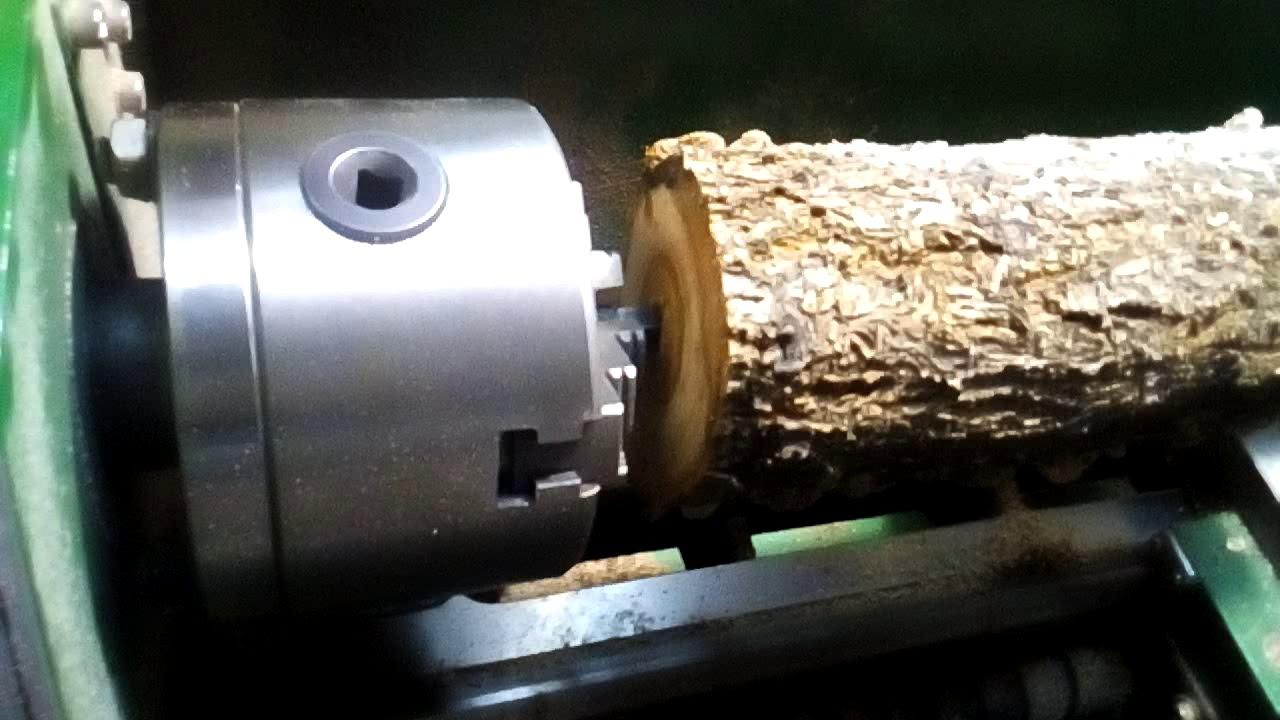 Обработка древесины на токарном станке по металлу