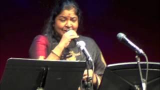 Chitra live : Kannamoochi Yenada (Kandukondain Kandukondain)