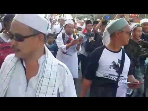 "Muslim hardliners chanting ""Arrest Ahok"" during protest march against Jakarta governor"