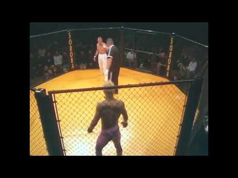 Javier Vazquez vs Antonio Emae at KOTC3.avi