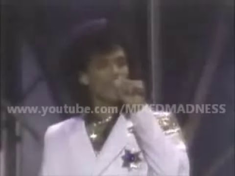 El DeBarge Who's Holding Donna Now (LIVE)