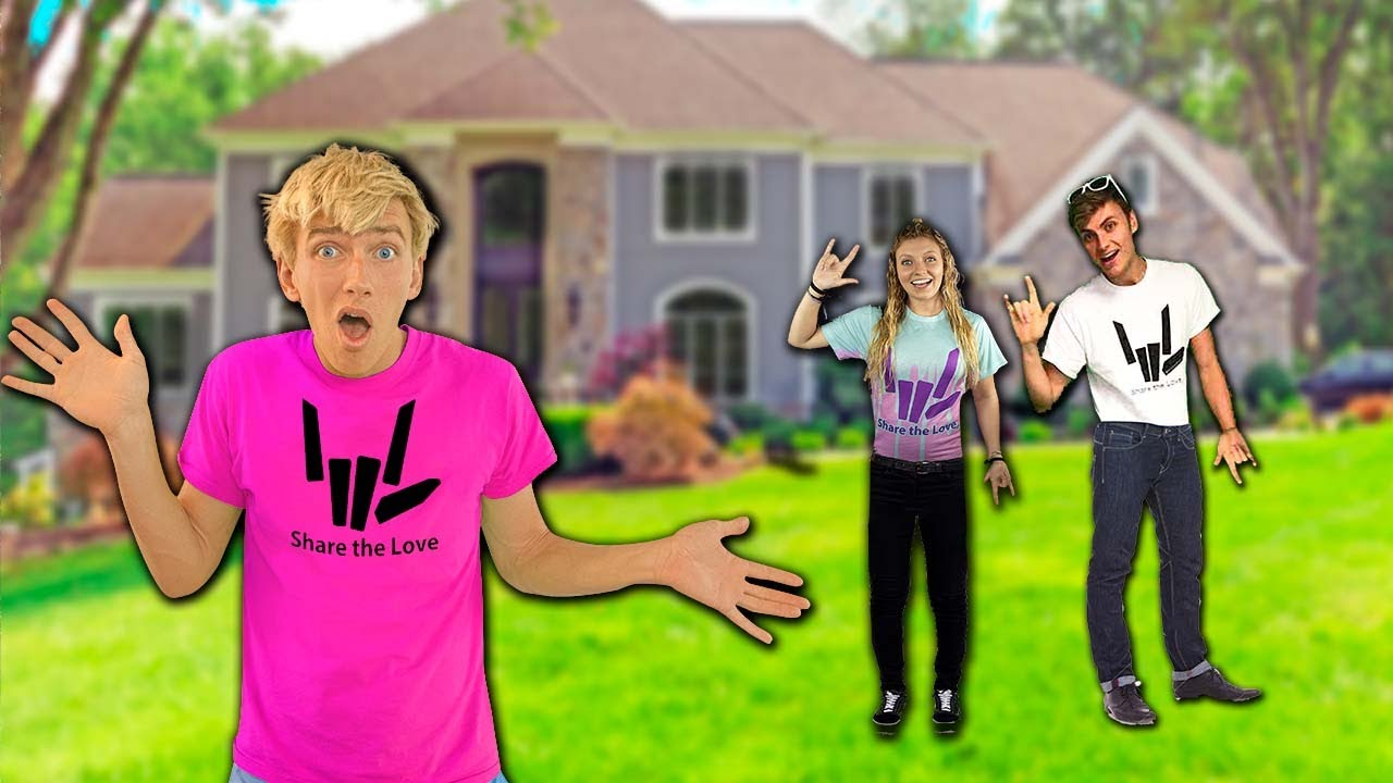 Download Surprise Trip Home to Original SHARER FAM HOUSE!! (Who's Home??)