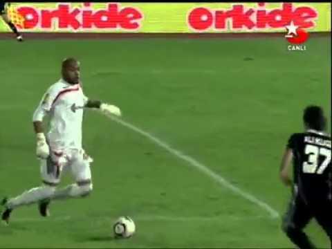 Cska Sofia - Beşiktaş 2.12.2010 - M'bolhi Funny Mistake