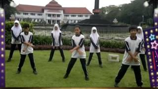 Senam irama SMP Negeri 3 Malang