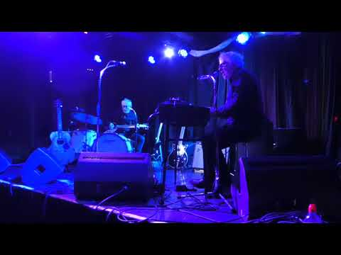 Wreckless Eric - Creepy People (In The Middle of the Night) - Live at Rebellion, Manchester 4.5.19 Mp3