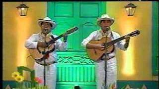A qué tanta vanidad - Dueto Lara y Acosta