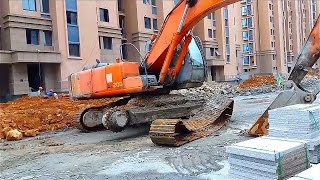 Excavator Solves the Problem | Tracks Came Off thumbnail