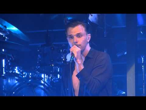 Hurts - Wings live Manchester Academy...
