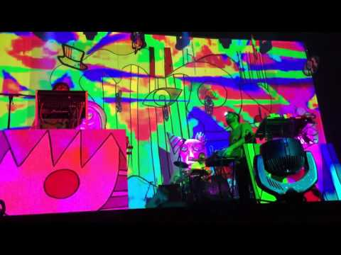 Animal Collective - Loch Raven (Live at Fox Theater Oakland, CA)