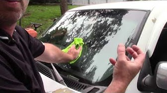How I Deep Clean A Car Windshield