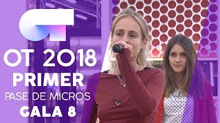 """I WANT TO HOLD YOUR HAND"" - SABELA y MARÍA 