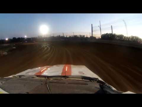 35 raceway hobby stock heat race  1B July 15 2017