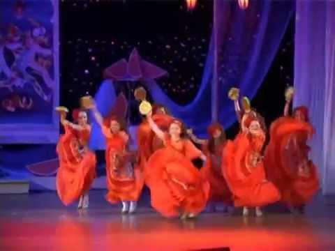 видео: Детский мюзик-холл Чингыли - Желаем знать (Гадалка)
