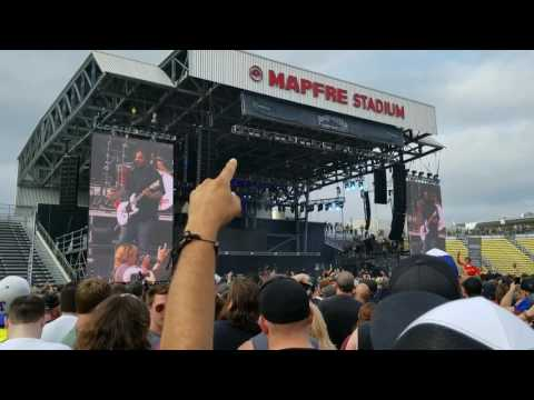 Fine Again by Seether. Rock on the Range 2017